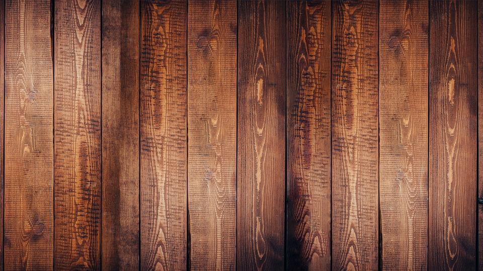 Notranje pohištvo na bazi lepljenega lesa