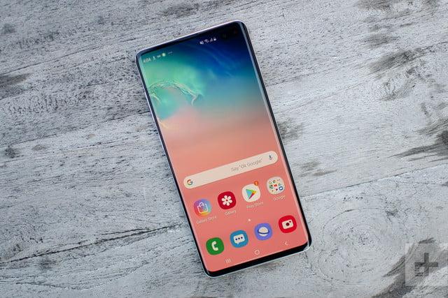 Ponudba ovitkov za Samsung Galaxy S10 in druge telefone
