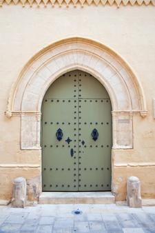 Blokovska vhodna vrata po ugodni ceni