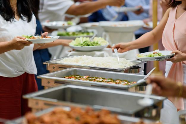 Piknik catering naj bo presenečenje letošnjega poletja
