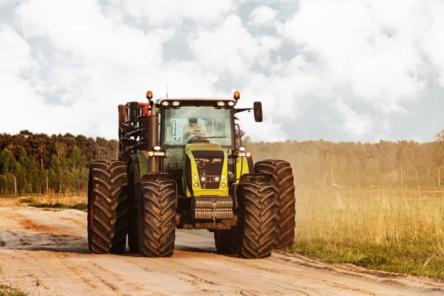 Vsestranski vrtni traktorji