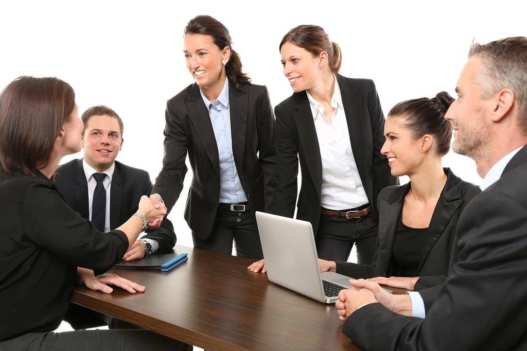 Pomoč pri poslovnih dogodkih in poslovnem komuniciranju