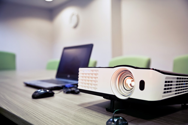 Projektor za domačo uporabo